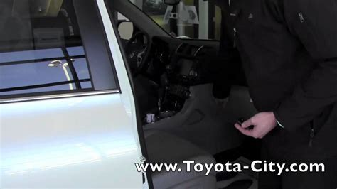 Toyota City Mn 2012 Toyota Highlander Power Liftgate Toggle How