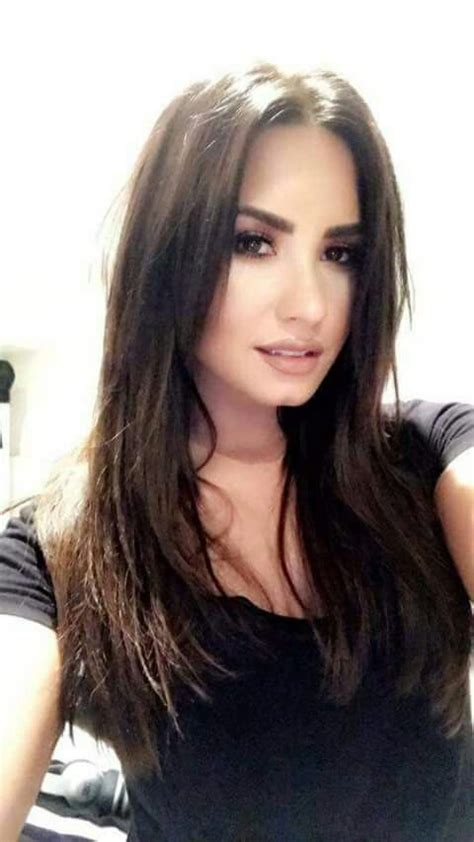 Demi Lovato Hairstyles by Demi Lovato Medium Hairstyles Www Imgkid The Image