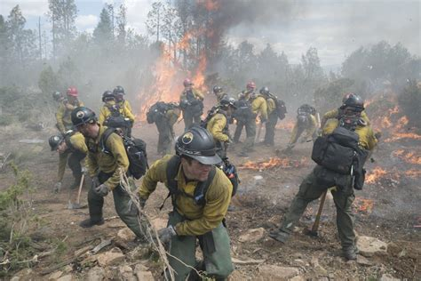 only the brave film review only the brave film review everywhere by manuela santana
