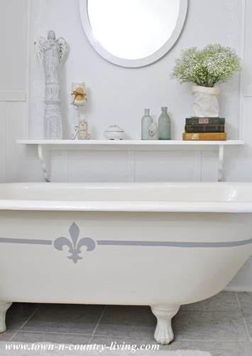 Painting Clawfoot Tub Painting My Claw Foot Tub Town Country Living