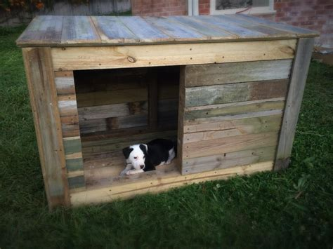 dog house builders diy pallet dog house pallets dog houses and pallet dog house