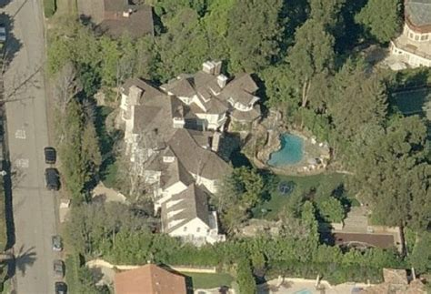 adam sandler house 301 moved permanently