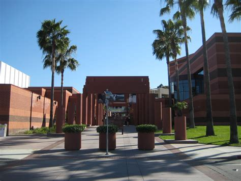 Mba In California State Los Angeles by Breaking Yaf Files Lawsuit Against Csula For Censorship