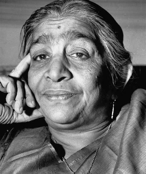 biography of india biography of saroji naidu the nightingale of india prowl