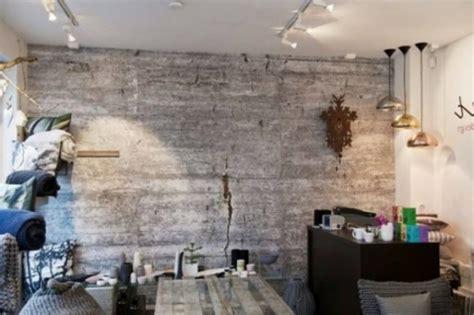 tapete altes mauerwerk tapeten in betonoptik f 252 r ein interieur mit industriellem