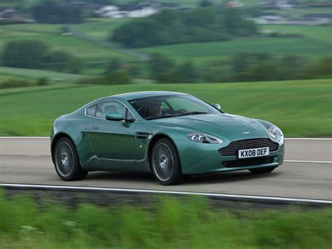 2009 Aston Martin V8 Vantage by 2009 Aston Martin V8 Vantage Coupe Car Picture 01