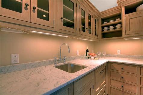 plan de travail cuisine evier integre plan de travail de cuisine 40 designs guide complet