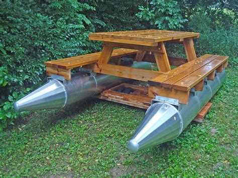 Picnic Table Pontoon Boat 2 Picnics Tables And Awesome Tables For Pontoon Boats