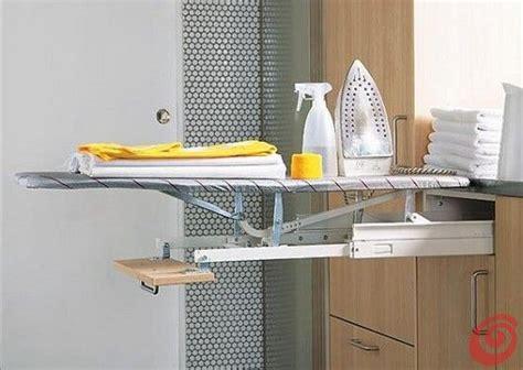 armadio con asse da stiro incorporato un idea pratica per l asse da stiro per una lavanderia