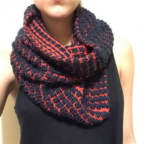 gap infinity scarf 52 gap accessories gap knit infinity scarf from