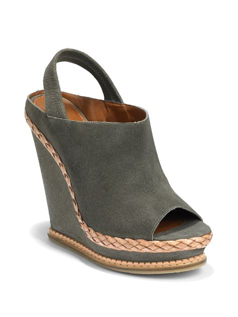 boutique 9 georgetta slingback wedge sandals in gray grey
