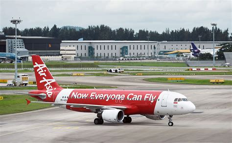 airasia kl to jakarta missing airasia plane likely at the bottom of the sea