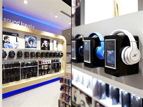 the home technology store award winning hiveometric kuppersbusch showroom retail