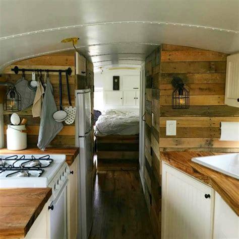 wohnwagen renovieren innenausbau die 15 besten wohnmobil ausbauten f 252 r deinen cer