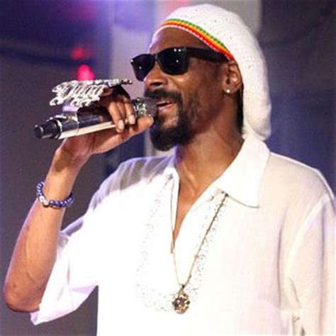 how is snoop snoop dogg net worth how much is snoop dogg worth