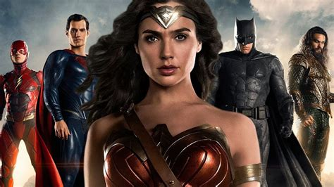 Woman S World Giveaways - justice league first look of diana prince wonder woman zay zay com