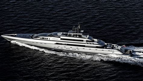 biggest houseboat in the world the biggest and most luxurious yachts from the 2016 palm