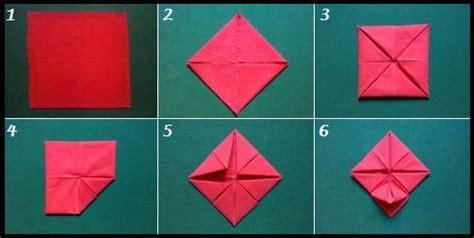 Origami Con I Tovaglioli by Piegare I Tovaglioli Per La Tavola Di Natale