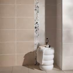 nouveau carrelage salle de bain avec faience galet salle