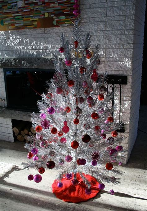 non traditional christmas decorating ideas