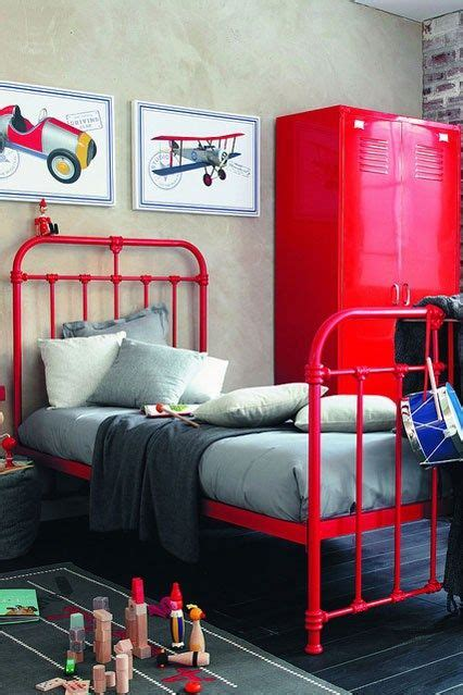 Boys Bedroom Furniture Uk by Top 25 Ideas About Industrial Boys Rooms On