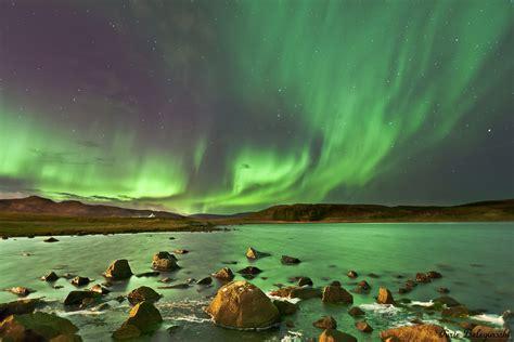 northern lights forecast tonight aurora borealis above the northern hemisphere goiceland is