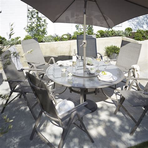 B Q Patio Dining Sets Buyer S Guide To Garden Furniture Help Ideas Diy At B Q