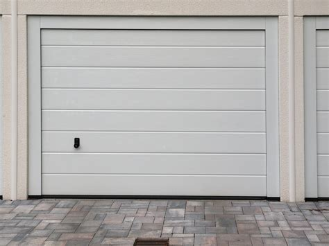 isolant pour garage isolation des portes de garage