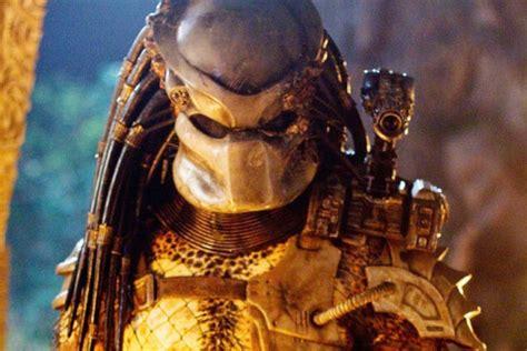 Predator Wingtip the predator is stronger smarter more badass in reboot