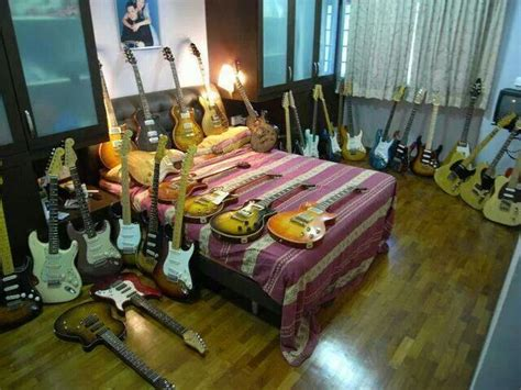 guitar bedroom guitar bedroom guitar pinterest