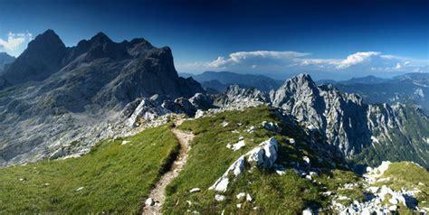 urlaub in den bergen almhütte bergurlaub exklusive kurzreisen in den bergen erleben