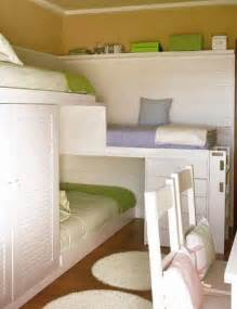 Bed For Small Space by Top 4 Small Space Bedrooms Bunk Bed Mania