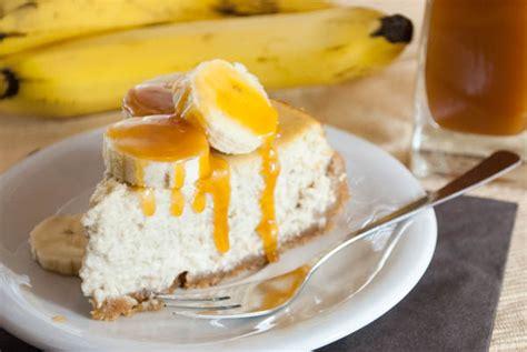 kuchen keksboden bananen karamell kuchen mit keksboden appetitlich foto