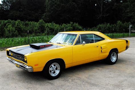 dodge supercar yellow 1970 super bee www imgkid com the image kid has it