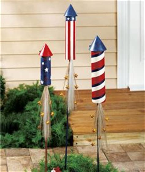 Patriotic Garden Decor Set Of 3 Solar Lit Patriotic Rocket Stakes Outdoor Garden Yard Decor 4th July Ebay