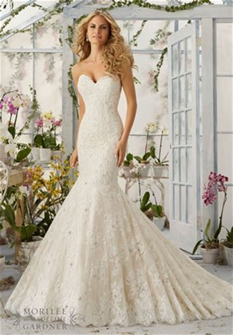 wedding dress selection tips for tall brides