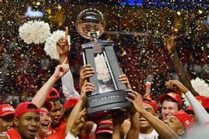 photo essay lifting  trophy maryland mens basketball