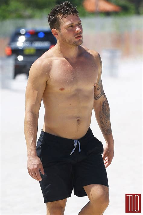 ryan phillippe in miami tom lorenzo