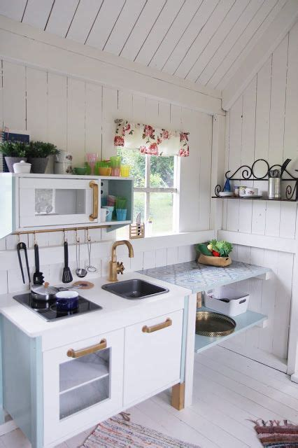 Playhouse Kitchen Furniture by Best 25 Playhouse Furniture Ideas On