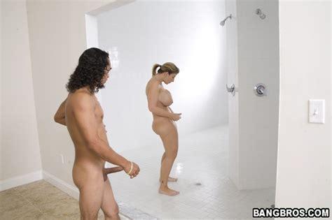 Unisex naked lockerrooms stories 2