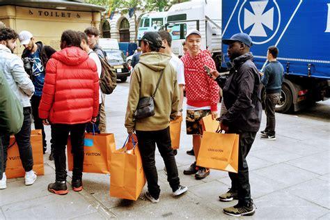 Supreme Line Cf ストリートウェア市場に擦り寄る 高級ブランドたちの狙い ラルフ ローレンからルイ ヴィトンまで digiday 日本版