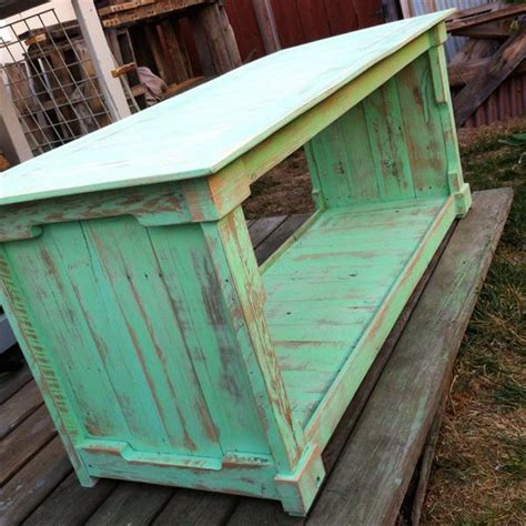 diy pallet distressed pallet coffee table wooden pallet