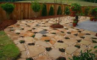 patio design landscaping with pea gravel flagstone