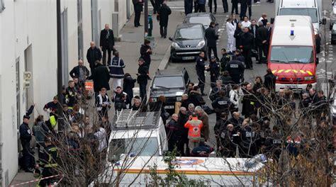 imagenes fuertes del atentado en francia francia el ataque terrorista que dej 243 al menos 12 muertos