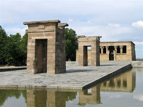 temple of debod madrid spain file templo de debod madrid jpg wikimedia commons