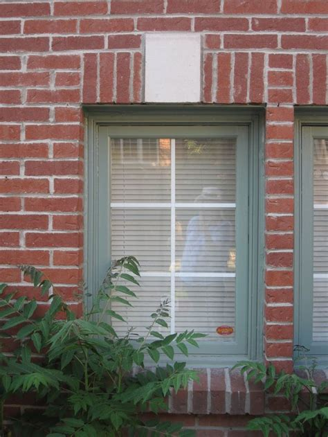 exterior window painting best 25 brick homes ideas on