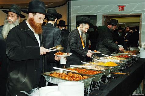 sat rabbi went hungry 0449203816 opening day at rabbinical conference thousands of hungry guests photos chabad lubavitch news