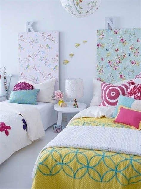 chambre pour deux une chambre d enfants deux lits
