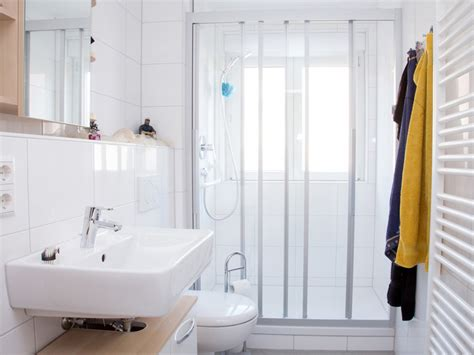 Grünes Büro by Badezimmer Renovierung Simple Home Design Ideen