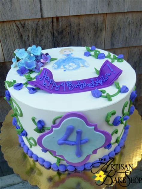 homemade  buttercream cakes special occasion cakes custom birthday cakes theme cakes